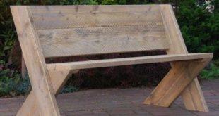 Hier sind ein paar DIY-Bänke, die lässig und attraktiv Sitze drinnen oder drau...