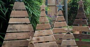 18 Christmas Pallet Projects That Will Give A Festive Touch To Your Home