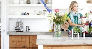 A WOODEN KITCHEN WITH A CONCRETE TOP | THE STYLE FILES barefootstyling.com