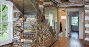 Der Buschmann Dreyfus Architects gab die Treppe zum Dachboden dieses Blockhauses aus den 1780er Jahren … #WoodWorking