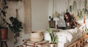 Ein Holzpalettenbett steht schon zu lange auf der To-Do-Liste! Von Isla #Palett...
