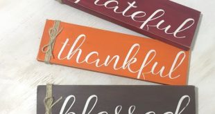 Grateful Thankful Blessed Wood Sign - Fall Home Decor Sign - Fall Fireplace Decor - Shabby Fall Home Decor - Thanksgiving Decor - Fall Gift